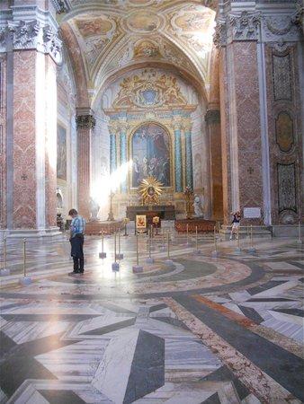Basilica di Santa Maria degli Angeli e dei Martiri : Paix et harmonie