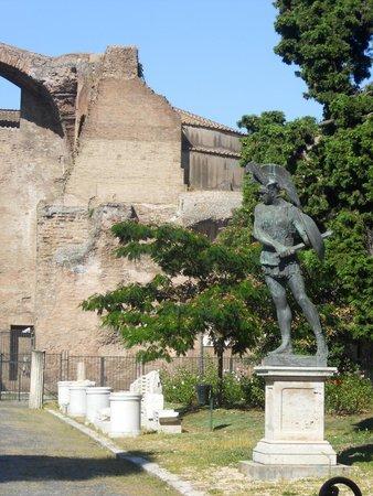 Basilica di Santa Maria degli Angeli e dei Martiri : Extérieur des termes et de l'église