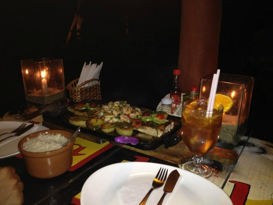 Restaurante La Luna: Chapa de frutos do mar - maravilhoso!!!