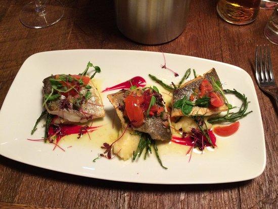 Bath Arms Hotel : Sea bass main was delicious!