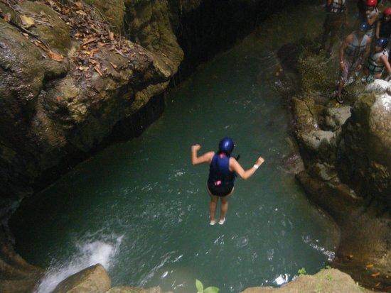 VH Gran Ventana Beach Resort: Waterfall tour