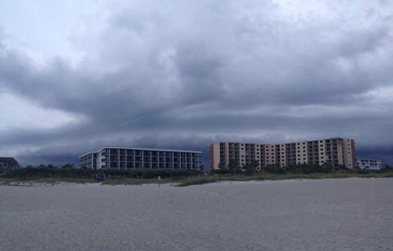 Cape Winds Resort : Storm brewing over condo