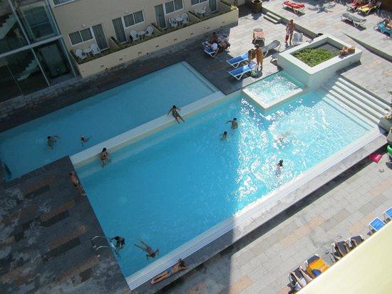 4R Salou Park Resort II: Piscinas (vista de la habitación 424)