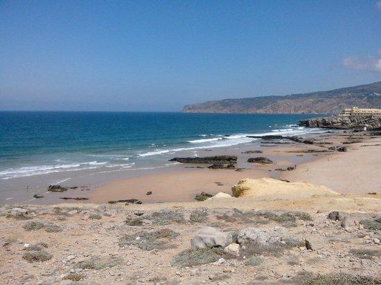 Oltre Cascais, proseguendo verso Sintra, la magnifica Praia do Guincho (riserva naturale)
