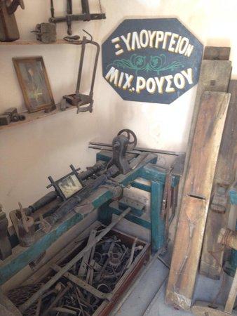 Lignos Folklore Museum: Attrezzi da lavoro