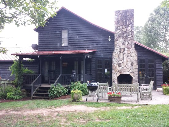 Inn at Serenbe: Was once the horse barn now guest rooms