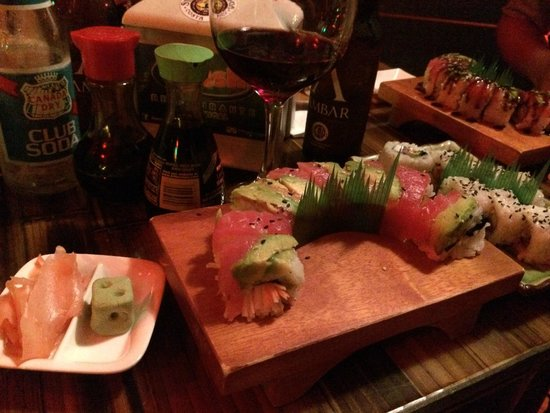 Dominical Sushi : Delicious rolls