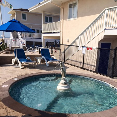 White Sands Oceanfront Resort & Spa: Baby Pool ~ Fond Memories