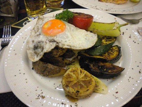 Szamos Gourmet Palace - Vaci utca: Filé à cavalo