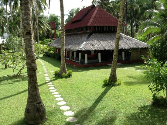 Sagana Resort: Dining, pool, bar, chill out area