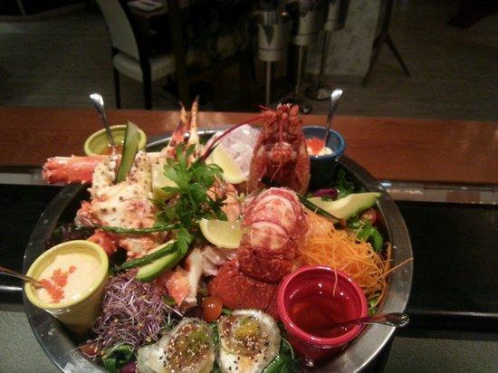 Tanuki: Bogante azul y cangrejo real