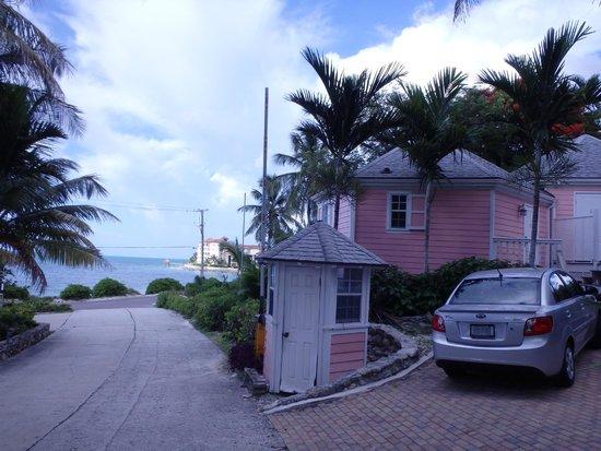 Orange Hill Beach Inn: Cottage Rooms