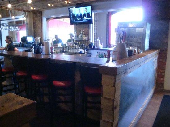 Shady's Burgers: Bar Area
