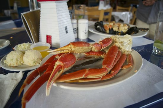 Rusty Anchor Restaurant: Snow Crab Legs--to die for