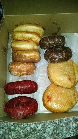 Thomas Donut & Snack shop: Thomas Donuts