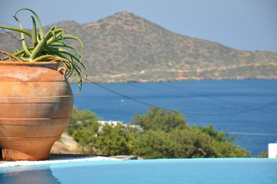 Elounda Gulf Villas & Suites: our view