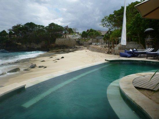 Sandy Bay Beach Club : Beach Views