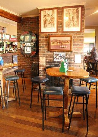 Tumbulgum Tavern : Inside