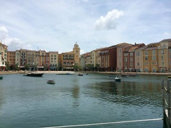 Loews Portofino Bay Hotel at Universal Orlando: Another from the bay