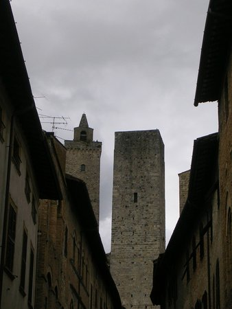 San Gimignano 1300: Torre. San Giminiano