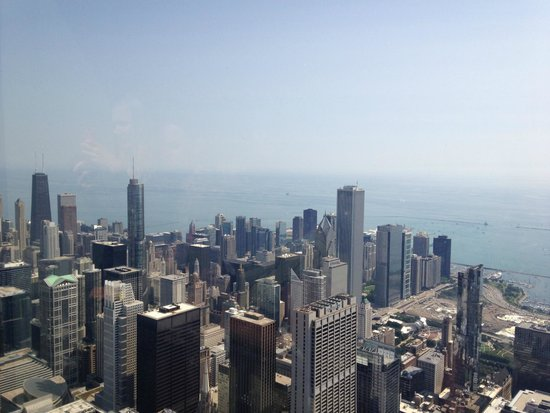 Skydeck Chicago - Willis Tower: The View