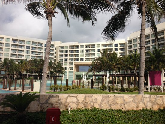 The Westin Lagunamar Ocean Resort: Love layout of hotel!
