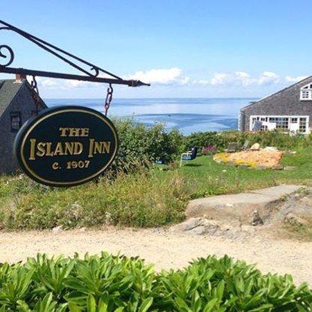 The Island Inn: Paradise