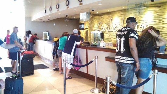 Caribe Hilton San Juan: Check In area counter