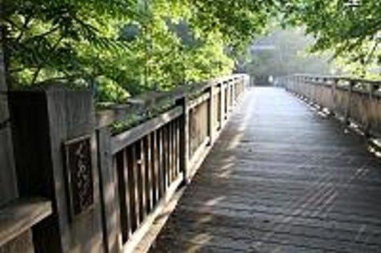 Deai-bashi Bridge