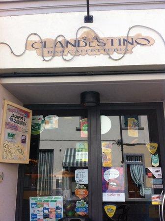 Bar Caffetteria Il Clandestino