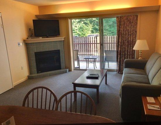 InnSeason Resorts Pollard Brook : Living area