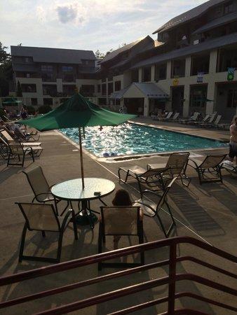 InnSeason Resorts Pollard Brook : Outdoor pool