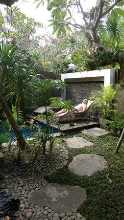 Le Jardin Villas, Seminyak: Pool set in lovely garden courtyard