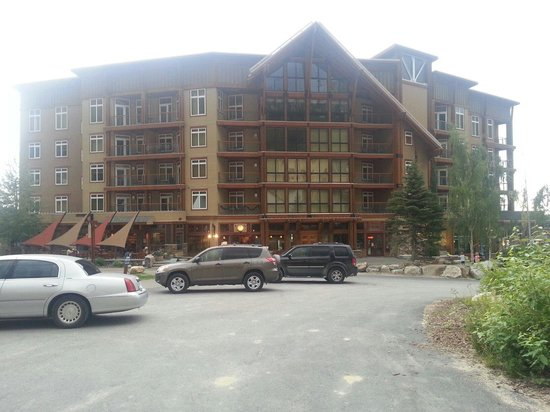 Schweitzer Mountain Resort Lodging: White pine