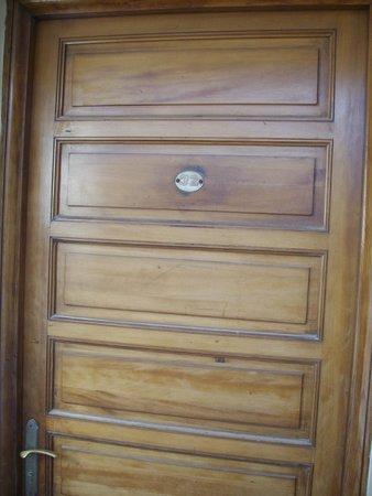 Riad Dar L'Oussia: Door Room