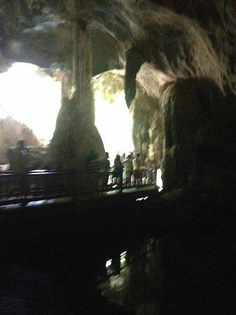 Langkawi Tour - Day Tours : visit the fascinating caves