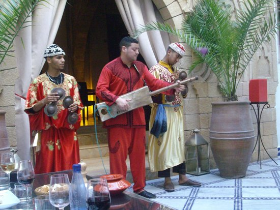 Riad Dar L'Oussia : Gnawan Musicians