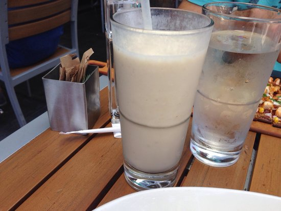 LYFE Kitchen, Palo Alto: Banila smoothie-yum yum yum