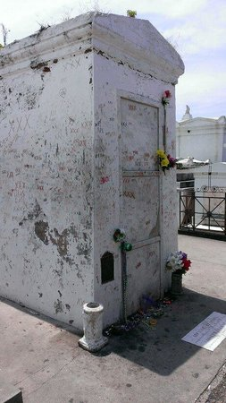 Magic Tours: Marie Laveau's supposed tomb in St. Louis cemetery #1