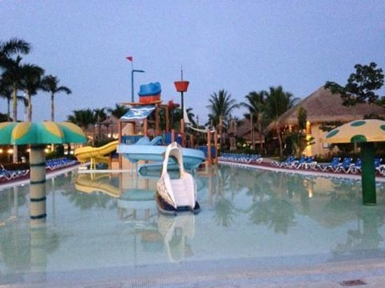 Allegro Cozumel: Kids play area water park