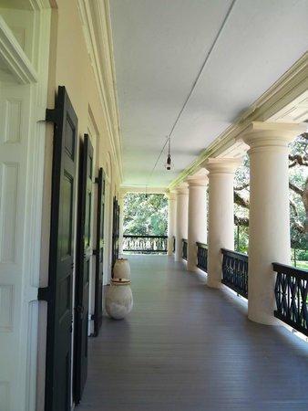 Oak Alley Plantation: Porch