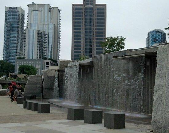 Romare Bearden Park: Park fountain/waterfall