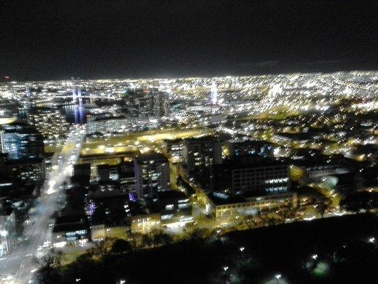 Oaks On William: City lights at night