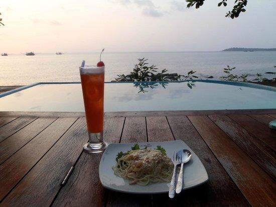 A-Na-Lay Resort Koh Kood: dining