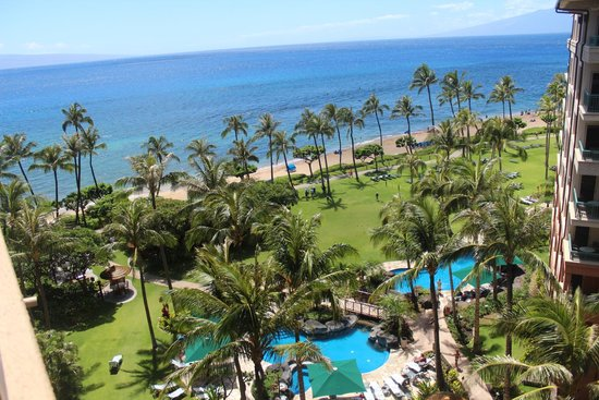 Marriott's Maui Ocean Club  - Lahaina & Napili Towers: Our view from our balcony