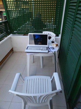 Aparthotel Tropical: Der Balkon