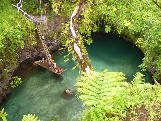 To Sua Ocean Trench: The trench