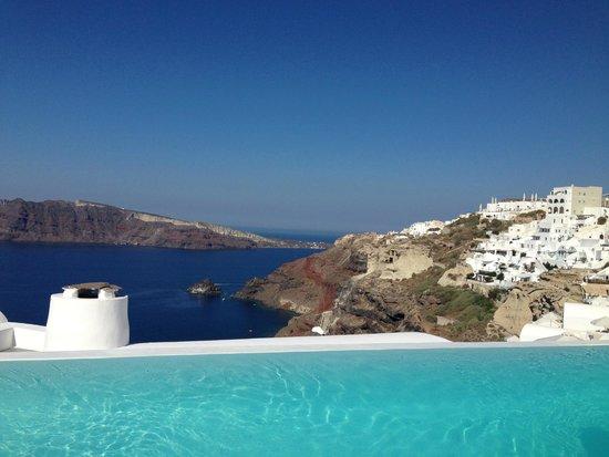 Katikies Hotel: View