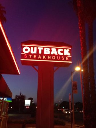 Outback Steakhouse : inviting