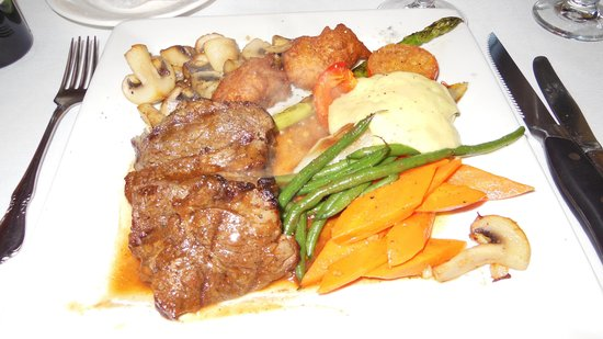 Old Surrey Restaurant: The Chateubriand special